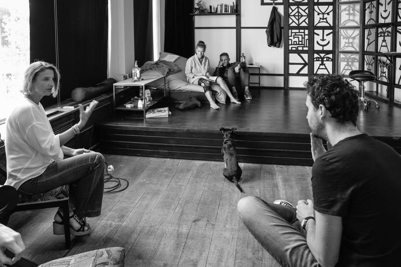 Táncórák Előadások Rózsavölgyi Szalon Arts&Café